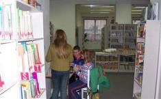 Děti výroba vánočních ozdob velmi bavila...